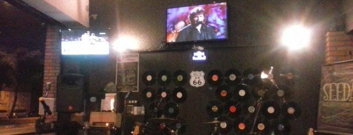 Garagem Music Bar is one of GR.
