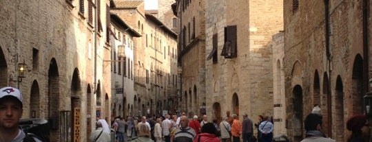 Porta di San Gimignano is one of Toscany.