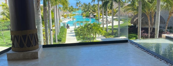 Secrets Cap Cana Resort & Spa is one of The Traveler 님이 좋아한 장소.