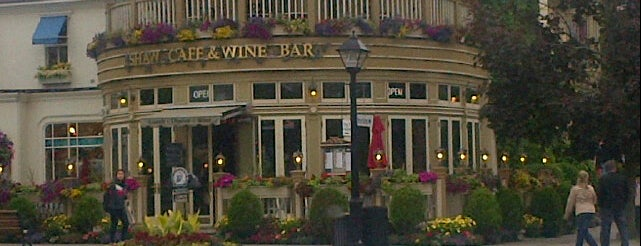 Shaw Café & Wine Bar is one of Hamiltonさんのお気に入りスポット.