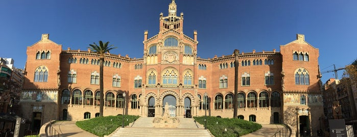 Hospital de la Santa Creu i Sant Pau is one of Tempat yang Disukai Mickael.