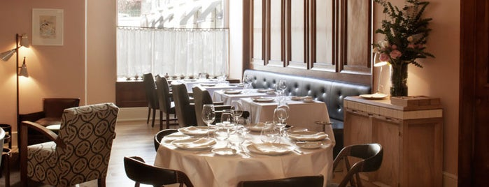 Belcanto is one of Estrellas Michelin ★ ★ ★.