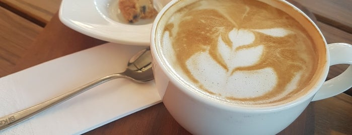 Karikatür Bi Cafe is one of Orte, die yediyukarı gefallen.