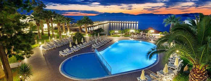 Le Bleu Hotel & Resort is one of Posti che sono piaciuti a Nurten.