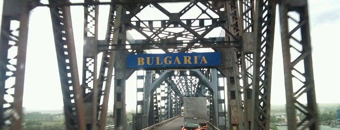 Podul Prieteniei Giurgiu-Ruse is one of Tempat yang Disukai Silvina.