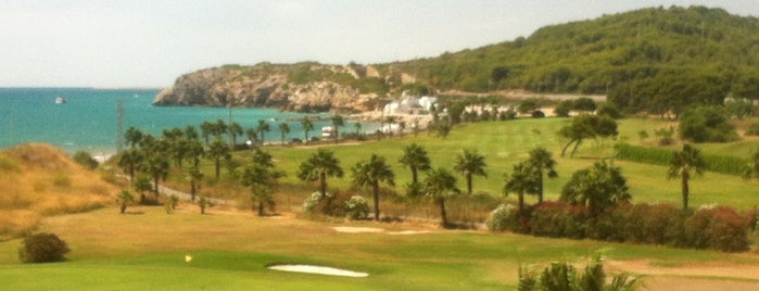 Terramar Golf Club is one of Locais curtidos por jordi.