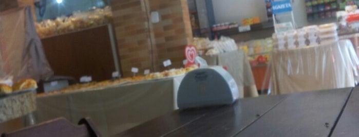 Moinho Confeitaria is one of Tempat yang Disukai L.