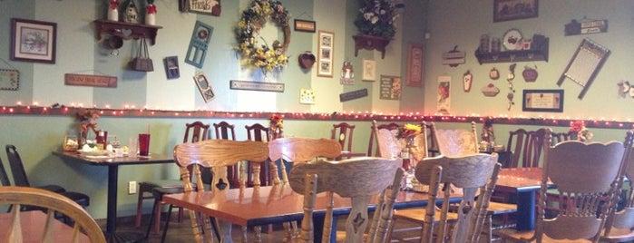 San Tan Cafe is one of Queen Creek.