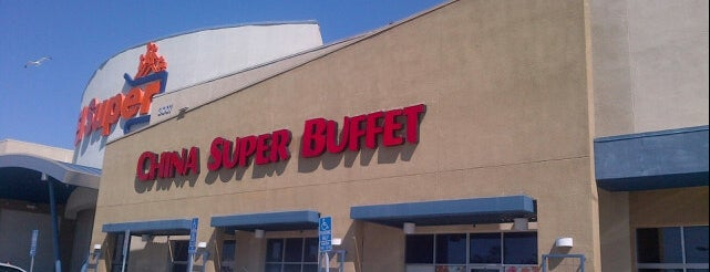 Super China Buffet is one of Locais curtidos por Maria.