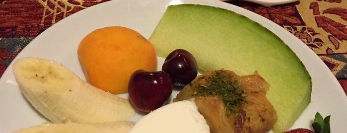 Pumpkin Restaurant & Art Gallery is one of Locais curtidos por Sbnm.
