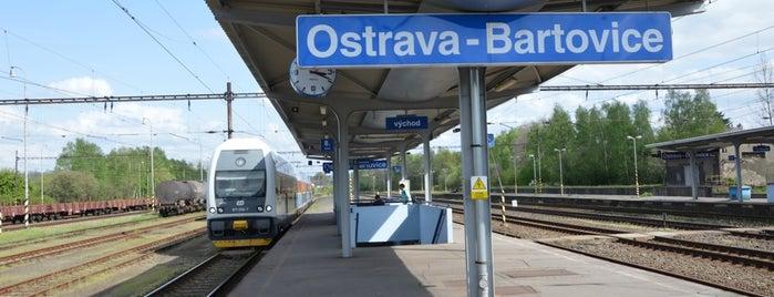Železniční stanice Ostrava-Bartovice is one of Ostravská nádraží.