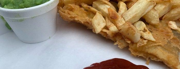 Aldeburgh Fish 'n' Chips is one of Posti salvati di Alex.