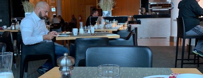 Restaurant Gui is one of Locais salvos de Katariina.