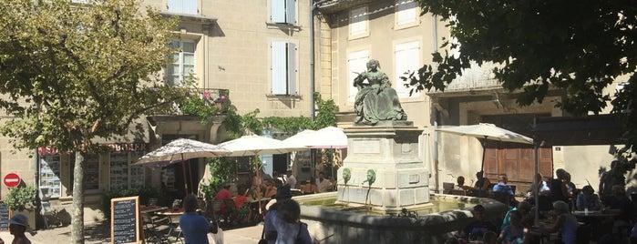 Place De Sevigne, Grignan is one of Alizée 님이 좋아한 장소.
