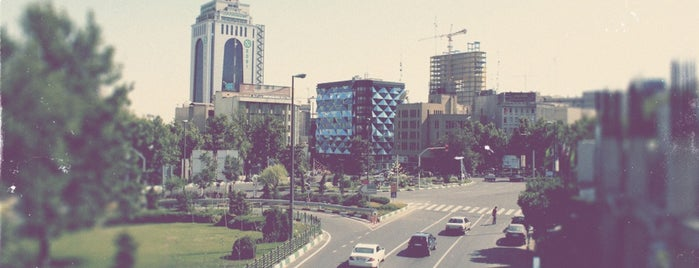 Argentina Square | میدان آرژانتین is one of Yunusさんのお気に入りスポット.