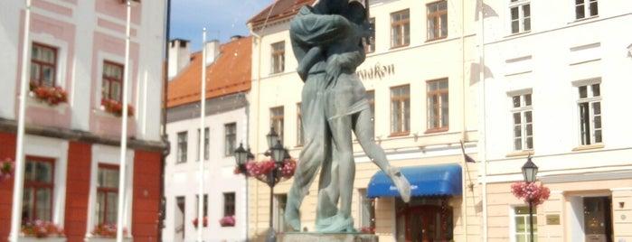 Suudlevad tudengid is one of My Tartu.