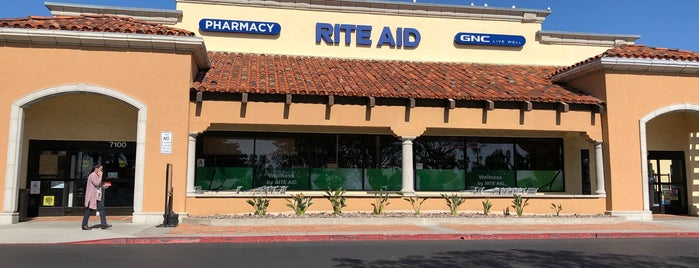 Rite Aid is one of Locais curtidos por Gaston.