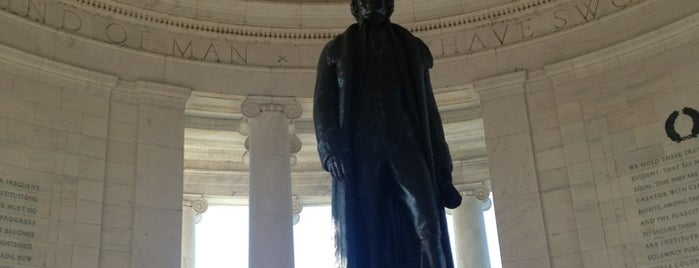 Thomas Jefferson Memorial is one of DC - Must Visit.