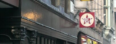 Ye Olde Cheshire Cheese is one of London Pubs.