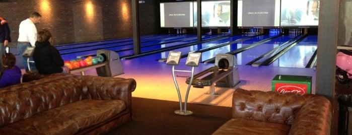 The Foundry Cinema & Bowl is one of Lugares favoritos de Andrea.