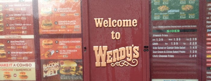Wendy's is one of Lindsayeさんのお気に入りスポット.