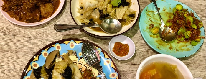 Daisy's Dream Kitchen is one of [Planning] Singapore - To Eat.