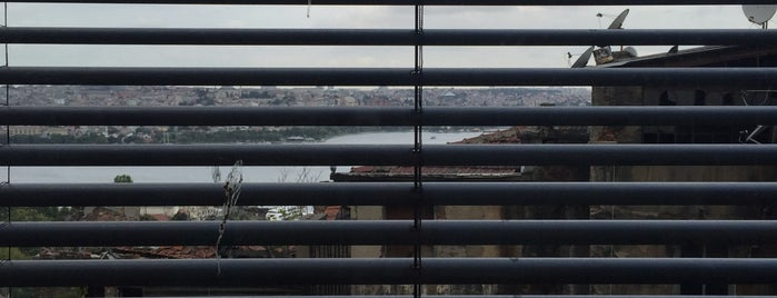 Apartıman'Belkıs is one of Türkiye Mimarlık Yıllığı 2011.