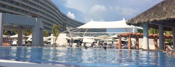 Resort Mundo Imperial is one of Tempat yang Disukai ElPsicoanalista.