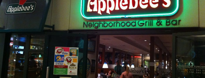 Applebee's is one of Lugares favoritos de Jeff.