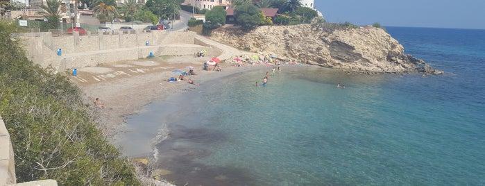 Cala Coveta Fumá / Morro Blanc del Puerto is one of Tempat yang Disukai Estela.
