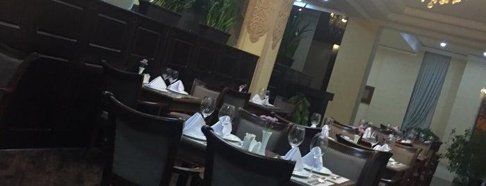 Gloria Hotel is one of Posti che sono piaciuti a Ali.
