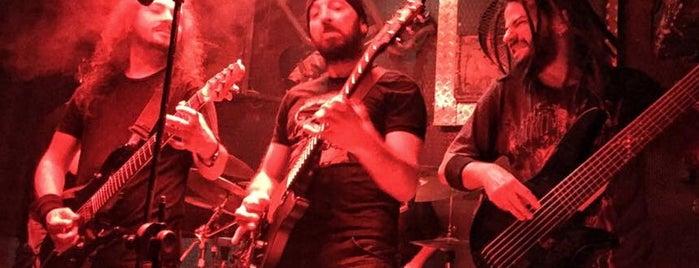 Dorock Heavy Metal Club is one of Ufuk'un Beğendiği Mekanlar.