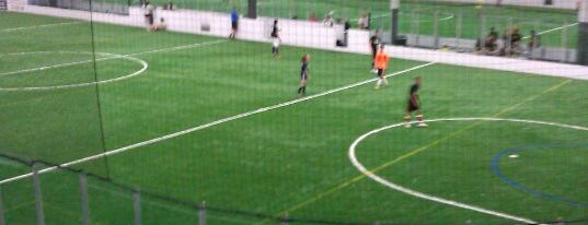 Brookfield Indoor Soccer Complex is one of Gespeicherte Orte von Sade.
