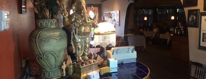 India House is one of Locais curtidos por Nico.