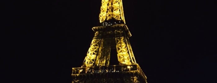 Torre Eiffel is one of [ Notre Voyage ].