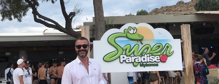 super paradise beach mykonos is one of Özge'nin Beğendiği Mekanlar.