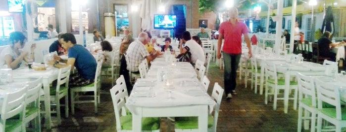 Papalinium Restaurant is one of Özlem'in Kaydettiği Mekanlar.