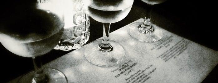 Astor Bar is one of Lieux sauvegardés par Sumeet.