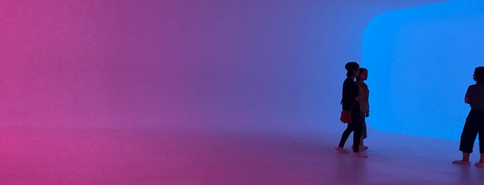 James Turrell's Ganzfeld is one of James Turrell.
