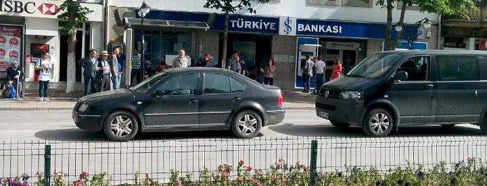 Türkiye İş Bankası is one of Yasemin Arzu 님이 저장한 장소.