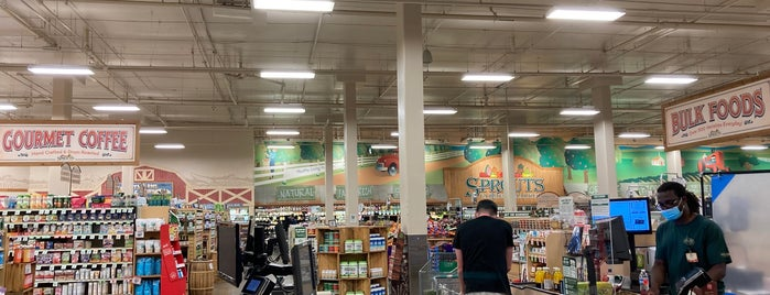 Sprouts Farmers Market is one of Living in Southern California.