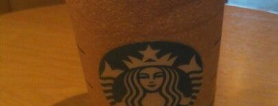 Starbucks is one of Tempat yang Disimpan SofiaE 💛💙〽️.