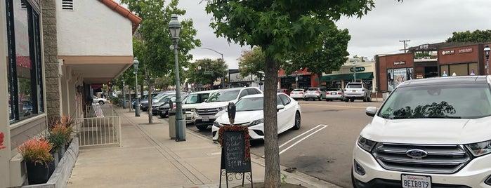 Downtown Chula Vista is one of Alfa'nın Beğendiği Mekanlar.