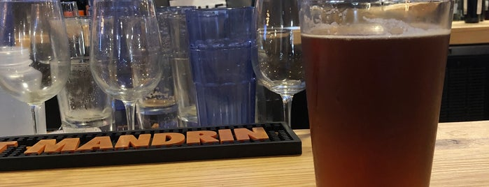 O.H.S.O. Brewery + Distillery  Terminal 2 is one of Mikeさんのお気に入りスポット.