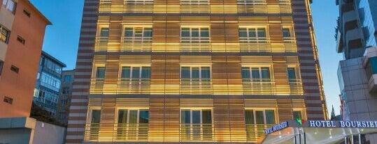 Hotel Boursier Istanbul is one of fortuna: сохраненные места.