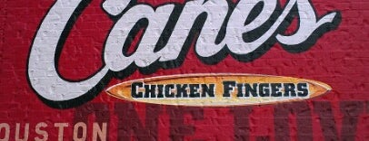 Raising Cane's Chicken Fingers is one of Gus'un Kaydettiği Mekanlar.