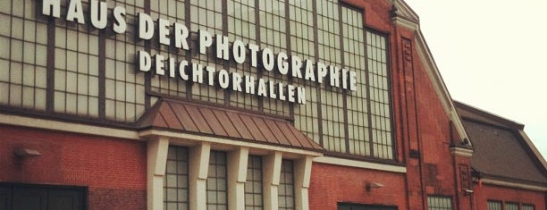 Haus der Photographie is one of Michaさんの保存済みスポット.