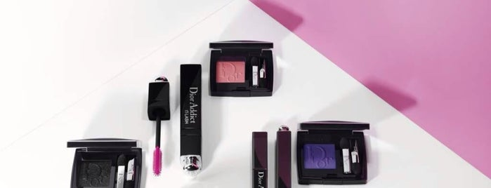 Dior Make-up is one of Montréalさんの保存済みスポット.