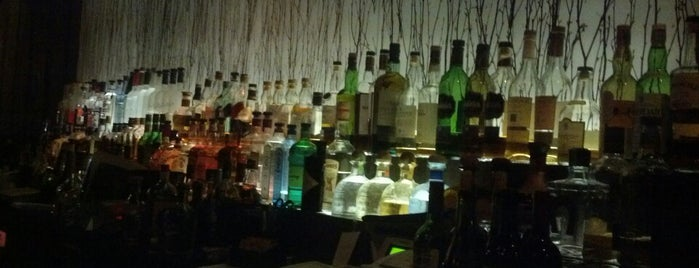 The Woods is one of Must-visit Bars in Hollywood.