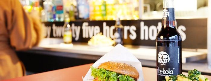 Burger de Ville is one of Hamburg 2014.